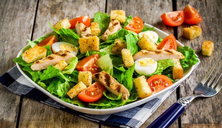 El pollo puede incluirse en multitud de recetas