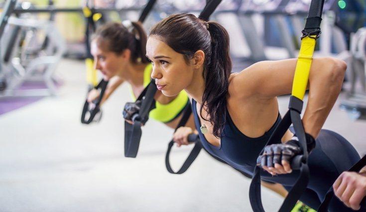 Una tabla de ejercicios adecuada en la que ejercites el pecho es imprescindible
