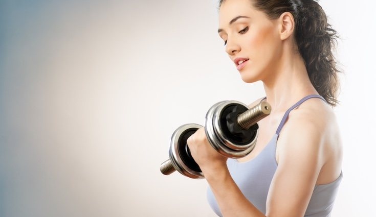 Una dieta equilibrada ayudará a la tonificación de tus brazos, junto al ejercicio