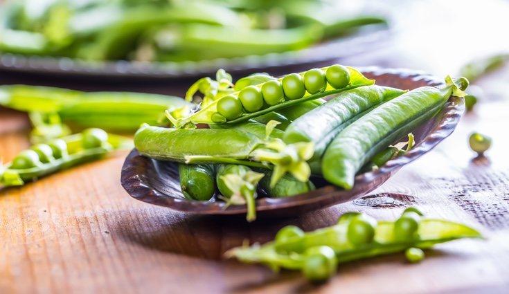 Los guisantes y las judías verdes funcionan bien como acompañamiento de la carne