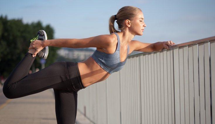 Es bueno combinar distintos tipos de ejercicio para eliminar la flacidez de los glúteos