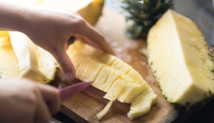 La piña es la fruta perfecta para perder peso y alimentarte adecuadamente