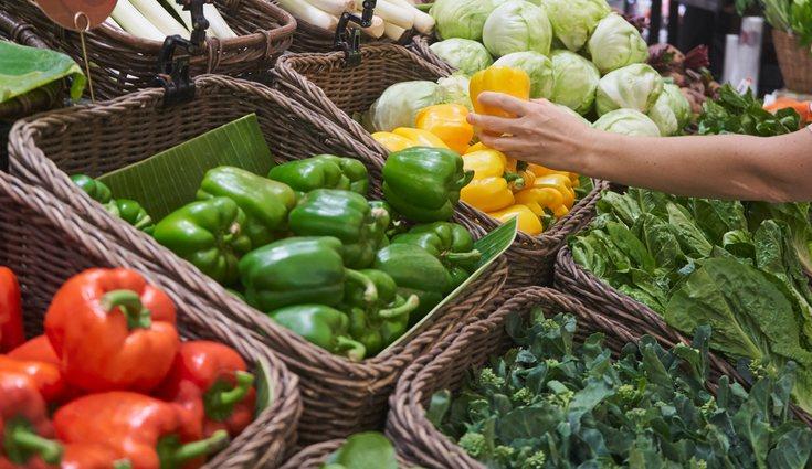 La verdura de temporada está a mejor precio en los supermercados