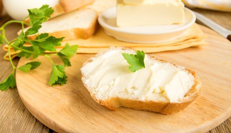 Es preferible usar aceite antes que mantequilla para cocinar