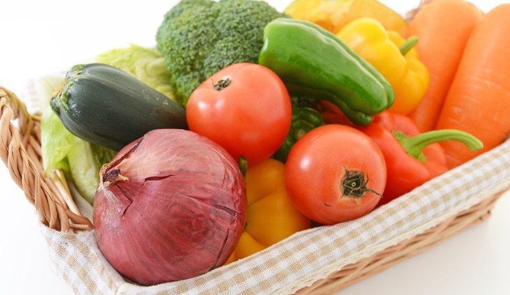 Comer en abundancia frutas y verduras