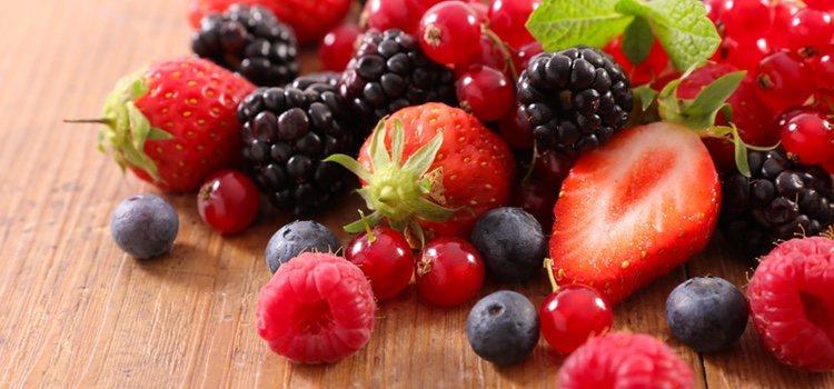 Los frutos rojos tienen alto contenido en agua