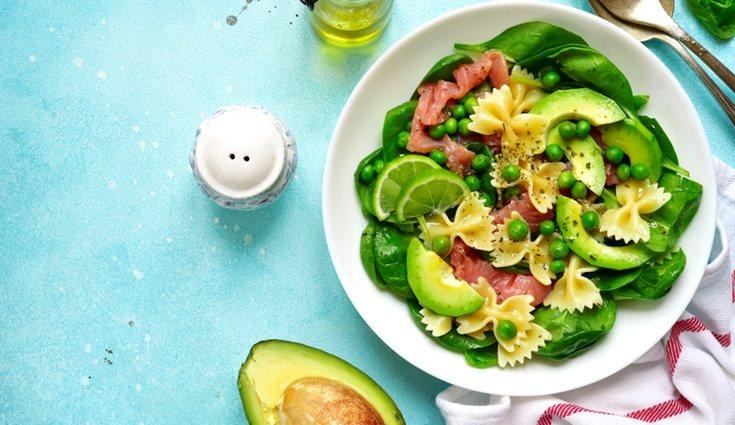 Las ensaladas son el plato más recomendado en verano para refrescarte