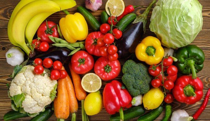 No debes olvidarte de la gran cantidad de agua que contienen las hortalizas