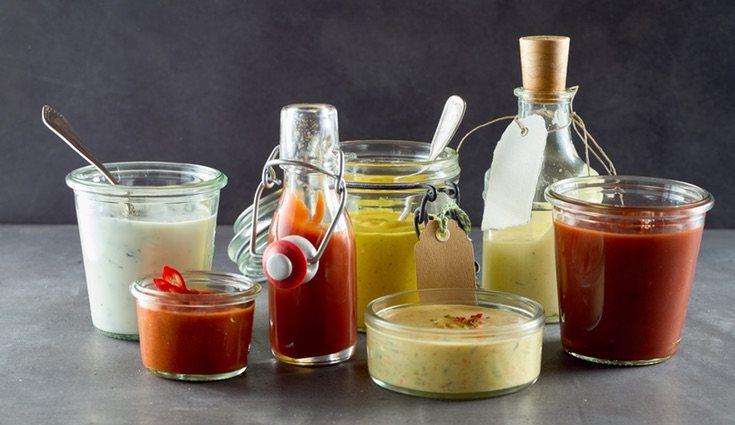 Se desaconseja totalmente el uso de salsas en las ensaladas