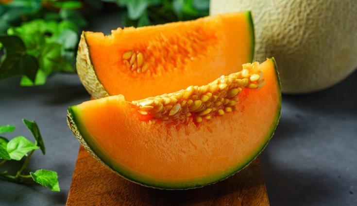 Existe el bulo de que la fruta no debe comerse como postre pero es totalmente falso
