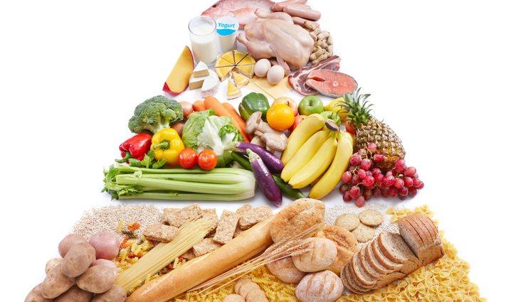 Es muy importante adaptar la pirámide alimenticia al ritmo de vida habitual