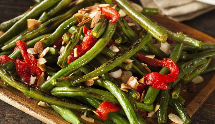 Una opción saludable para la cena es un revuelto de verduras