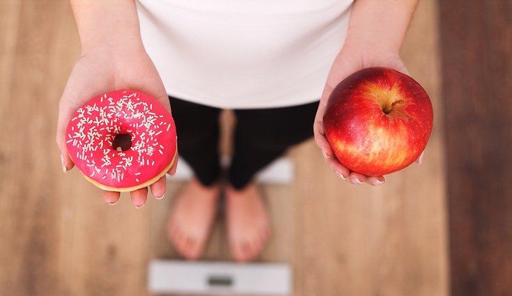 En este tipo de dieta hay que disminuir al mínimo la ingesta de carbohidratos y de azúcares