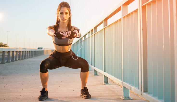 Se recomienda calentar antes de realizar el ejercicio