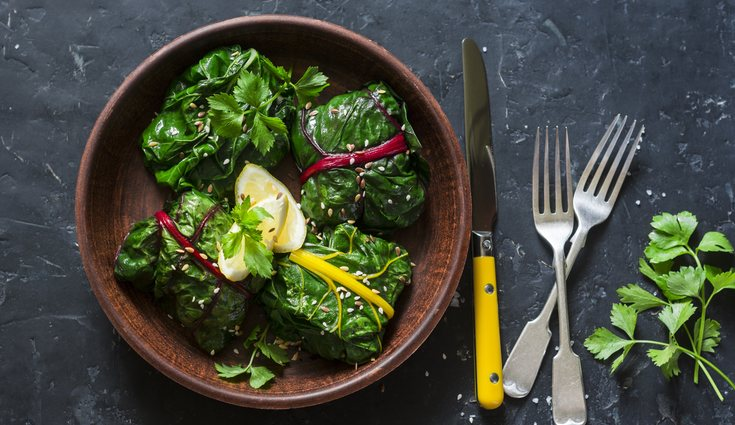 Se puede hacer numerosos platos ricos con acelgas