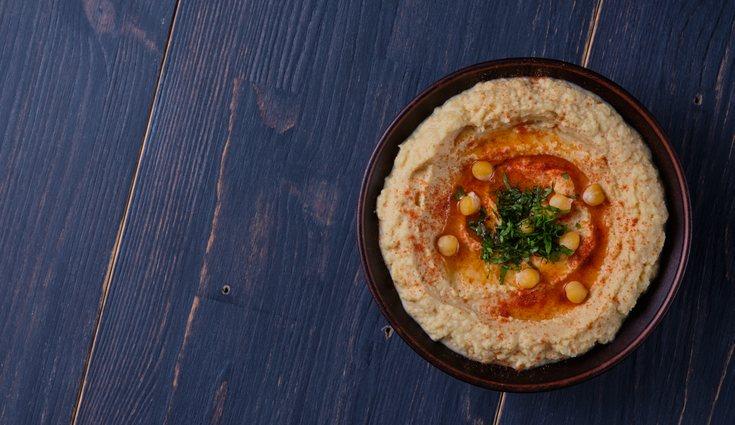 El hummus de garbanzos es una receta rica en carbohidratos
