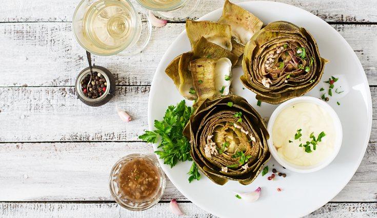 Las alcachofas al horno es una receta muy sencilla de elaborar