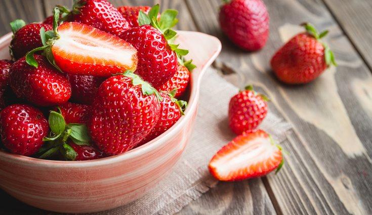 Tendrás que evitar las frutas ácidas ya que pueden producir reflujo