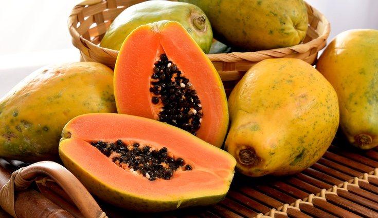 La papaya es la fruta que más reduce los gases